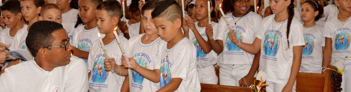 118 crianças participaram da Primeira Eucaristia